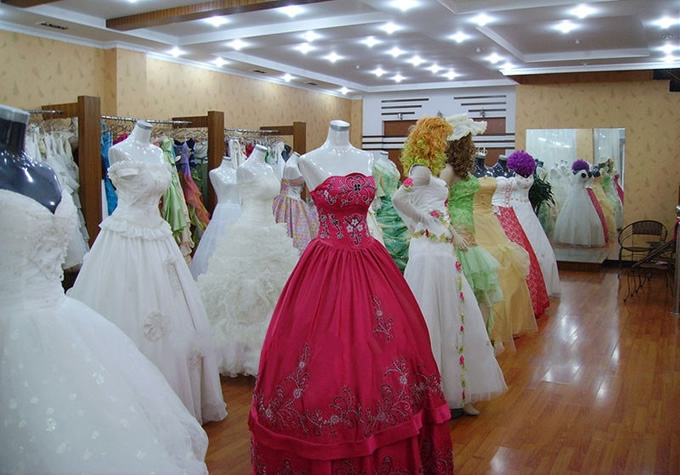 local prom dress and wedding dress store